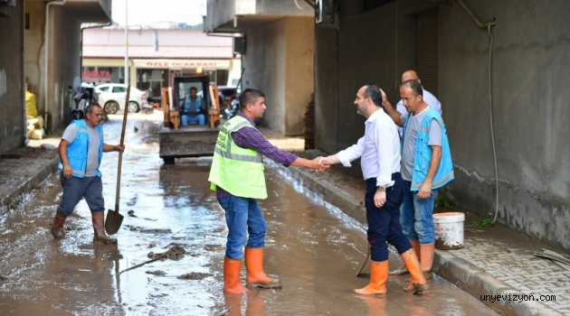 """Başkan Çamyar: """"Metrekareye Normalin 15 Katı Yağış Düştü"""""""