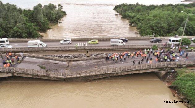 Sel Afetzedelerinin Zararları Karşılanmaya Başlandı
