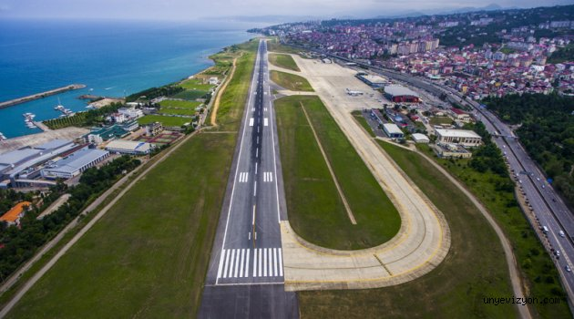 Son Dakika! Trabzon Havalimanı Trafiğe Kapatıldı