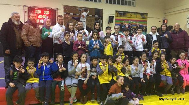 Wushu Kung Fu Şampiyonasında Ünye Şampiyon Oldu